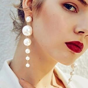 Gorgeous  pearls earrings